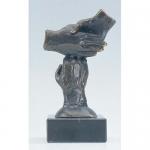 """Bronzen beeld MA320 """"de krachten bundelen"""""""